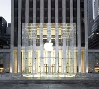 Apple Store 5th avenue 2