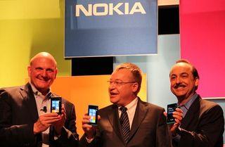 Nokia Lumia Ballmer, Stephen Elop et Ralph de la Vega