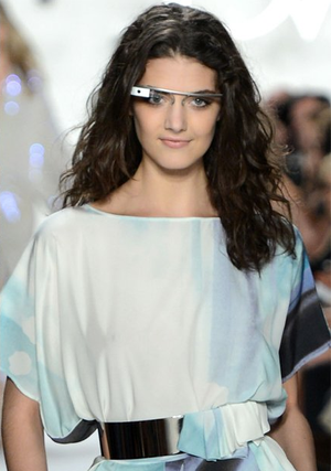 Google-glass-in-white