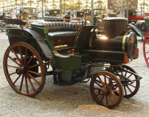 Old car look horse Mulhouse